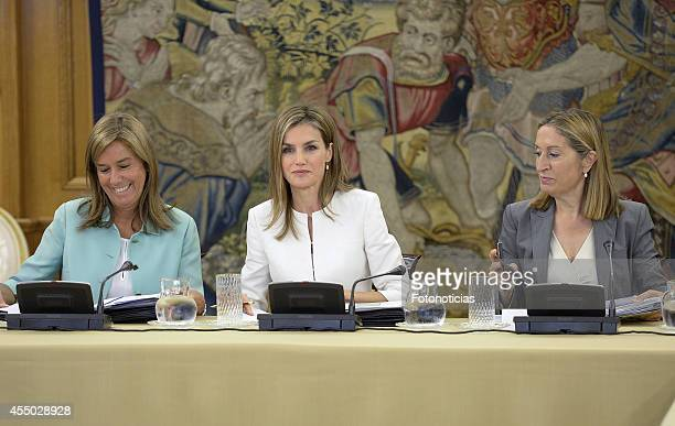 Queen Letizia of Spain attends an audience with Minister Ana Mato and Minister Ana Pastor at Zarzuela Palace on September 9 2014 in Madrid Spain