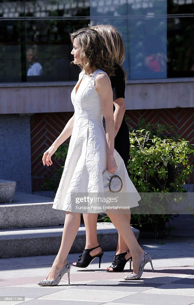 Queen Letizia of Spain Attends FEDEPE Awards at Cecilio Rodriguez gardens on July 26, 2016 in Madrid, Spain.
