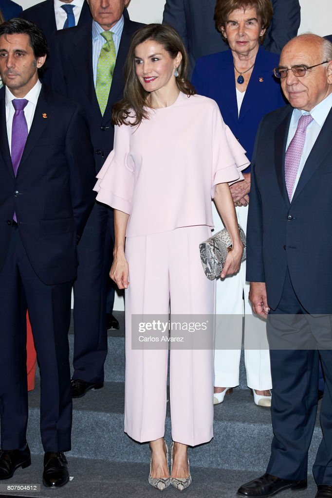 Queen Letizia Attends A Meeting At Foundation Against Drugs : News Photo