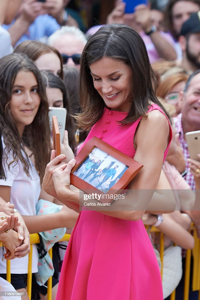 Queen letizia Of Spain Attends 'Reina Letizia' Awards 2018 : News Photo