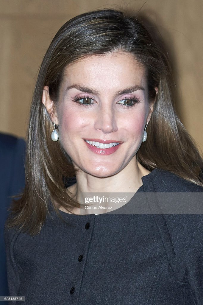 Queen Letizia Of Spain Attends 'Proyecto Promociona' Meeting : News Photo