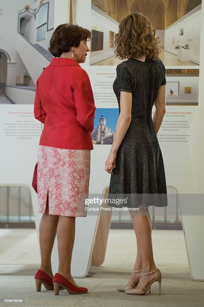 Queen Letizia Attends Exhibition at the Colegio Oficial de Arquitectos : News Photo