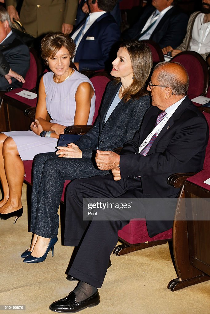 Queen Letizia of Spain (C) attends 'Save Food 2016' Congress at Ateneo de Madrid on September 26, 2016 in Madrid, Spain.