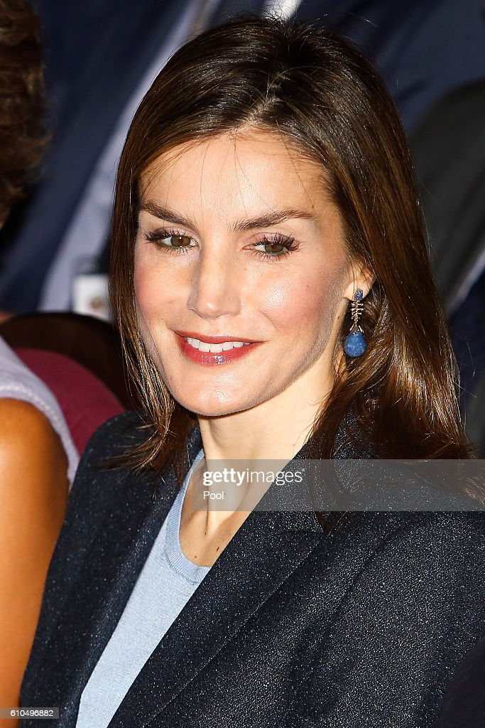 Queen Letizia of Spain attends 'Save Food 2016' Congress at Ateneo de Madrid on September 26, 2016 in Madrid, Spain.