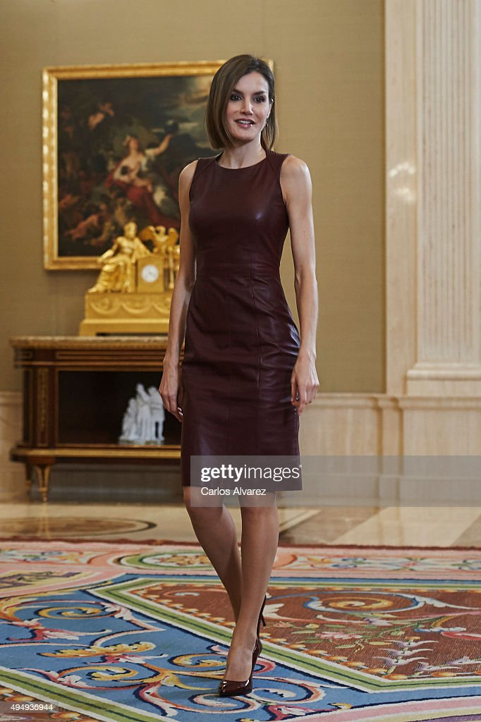 Queen Letizia of Spain Attends Audiences at Zarzuela Palace : Nieuwsfoto's