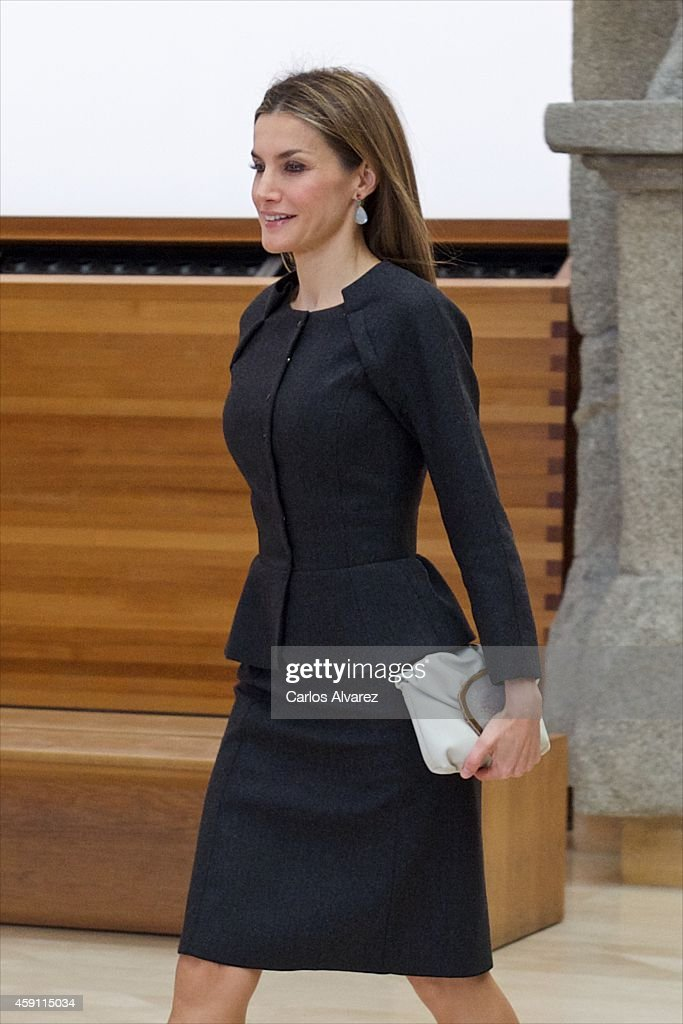 Queen Letizia of Spain attends the 2013 Velazquez Plastic Arts award at the El Prado Museum on November 17, 2014 in Madrid, Spain.