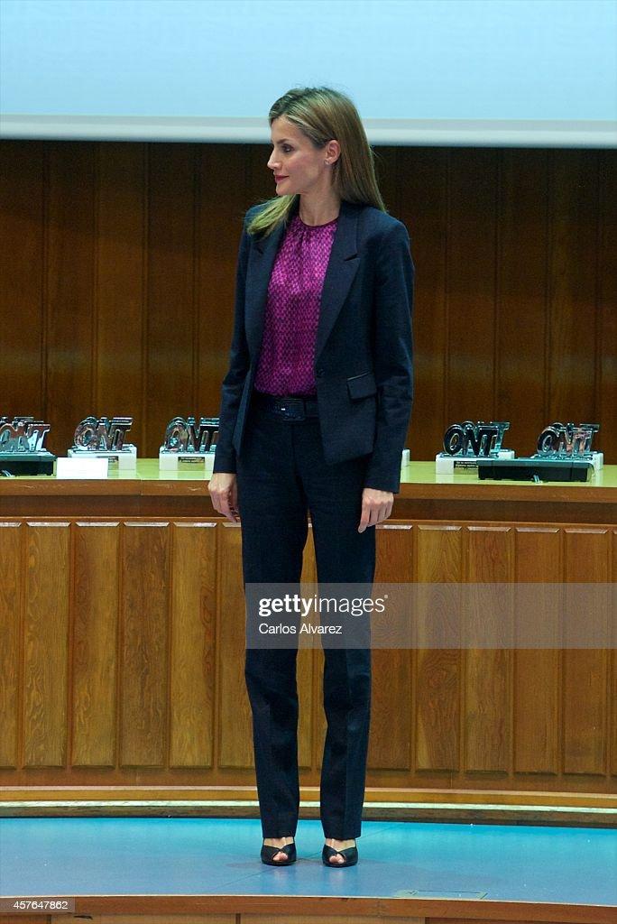 Queen Letizia Of Spain Attends The 25th Anniversary Ceremony of the Spanish National Transplant Organization : Fotografía de noticias