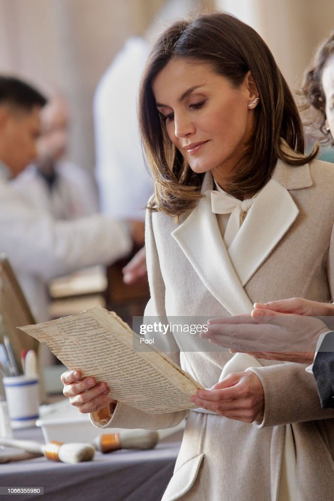 Queen Letizia Of Spain Attends The 40th Anniversary Of The Public Service Of Sate Employment : Foto di attualità