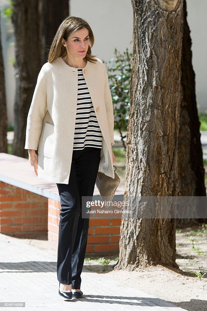 Queen Letizia of Spain Visits Gipsy Secretariat Foundation : News Photo