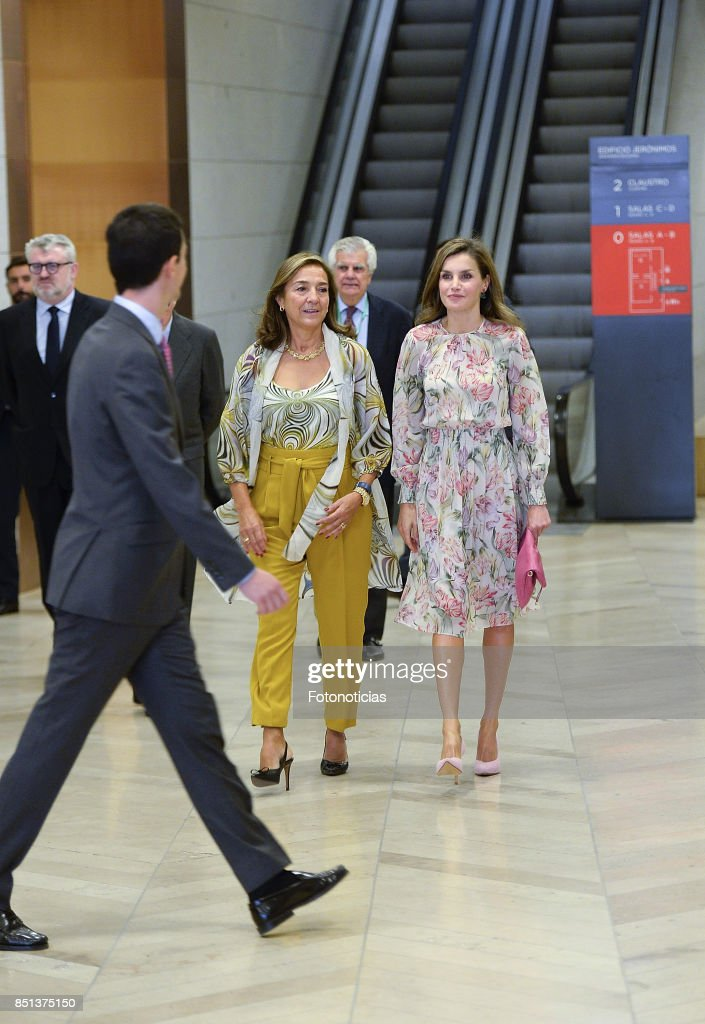 Queen Letizia of Spain (R) attends the 'Cancer Research World Day' event at El Prado Museum on September 22, 2017 in Madrid, Spain.