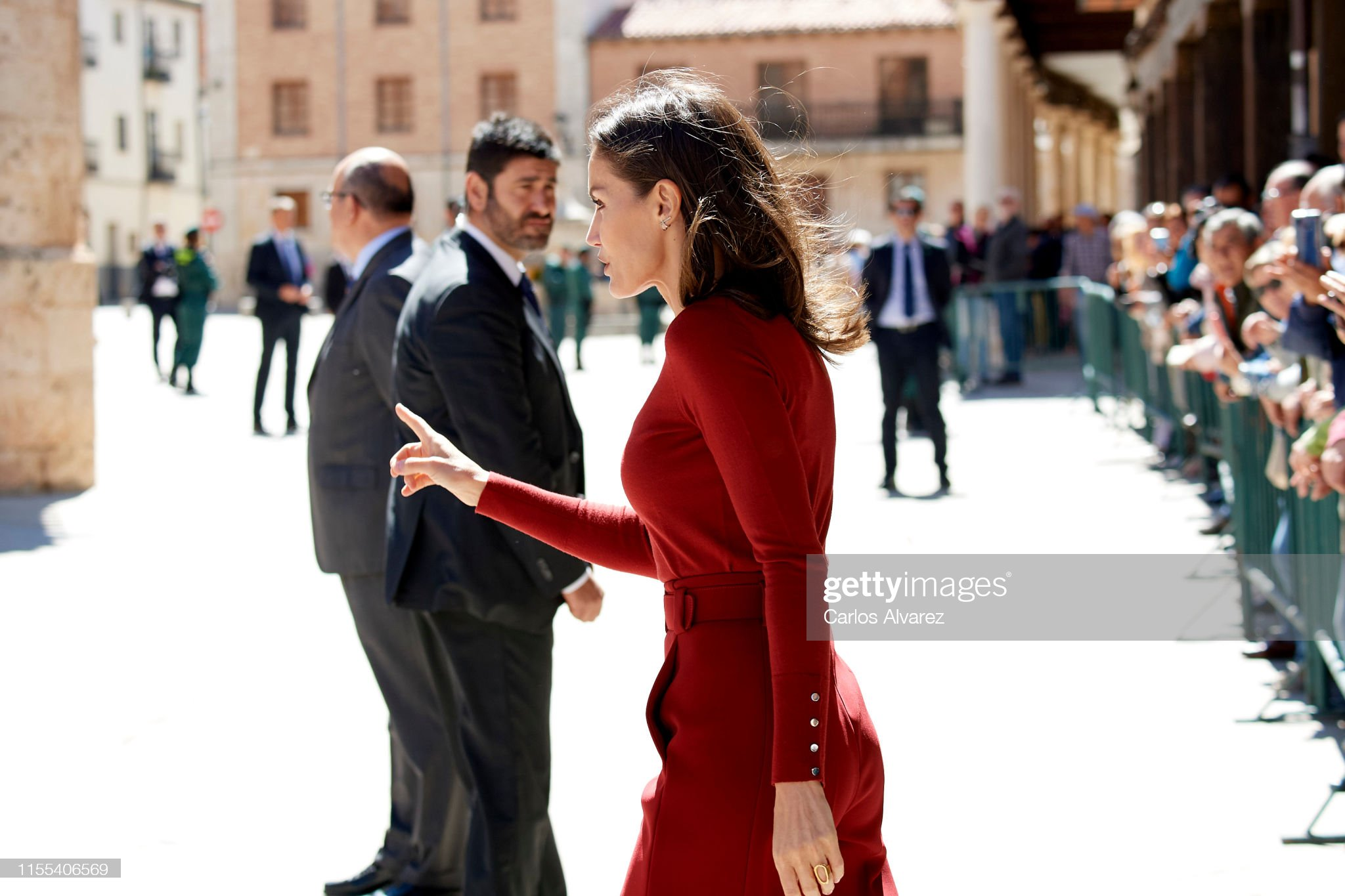 https://media.gettyimages.com/photos/queen-letizia-of-spain-attends-the-closure-of-journalists-seminar-picture-id1155406569?s=2048x2048