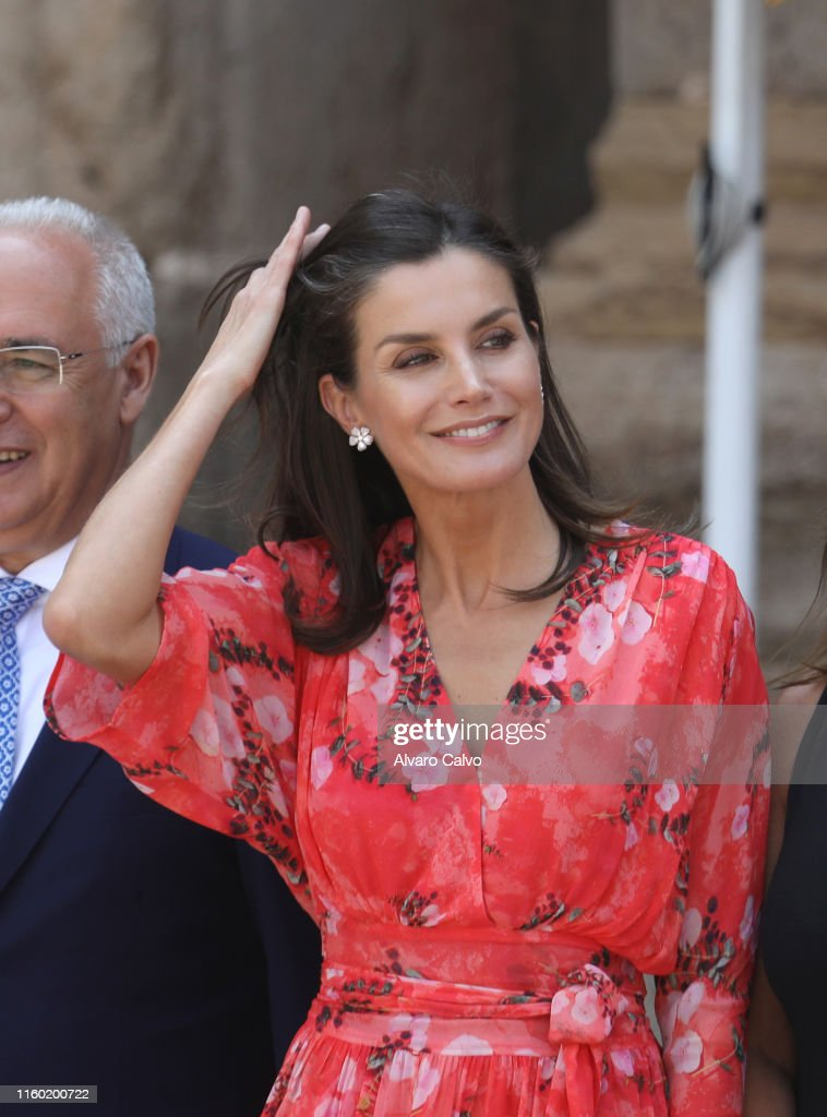 Queen Letizia Of Spain Attends The Closure of The Seminar' Heritage Education In The School' In La Rioja : News Photo
