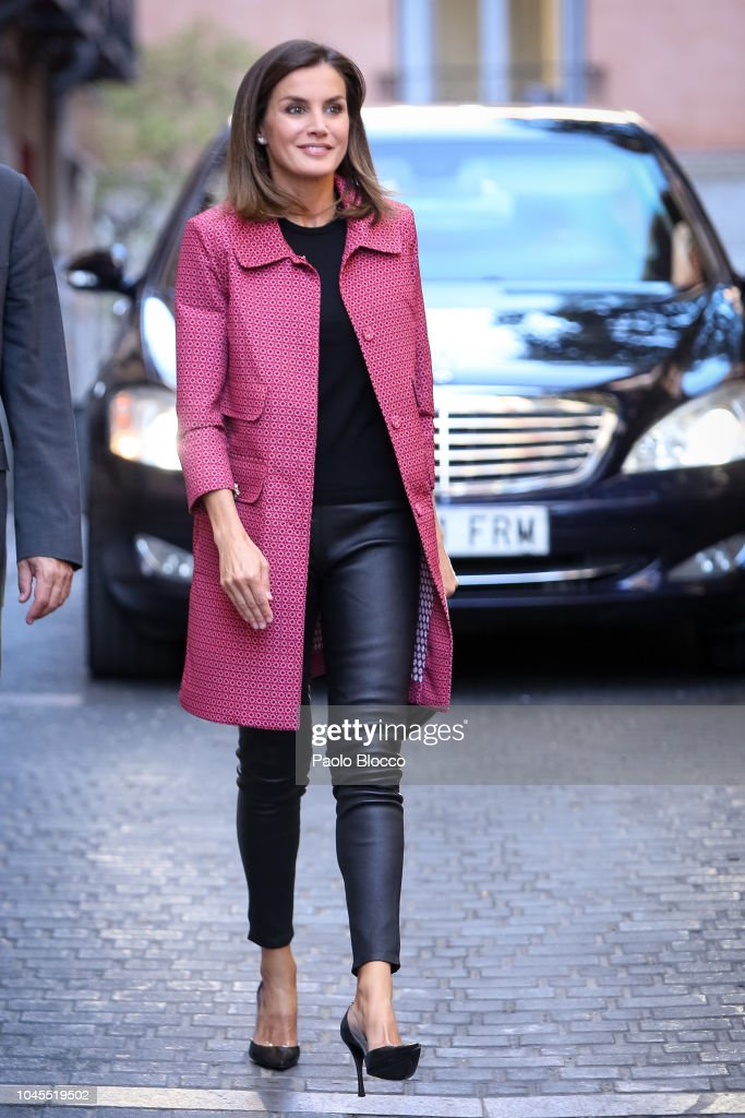 Queen Letizia  of Spain Attends Conference In Madrid : News Photo