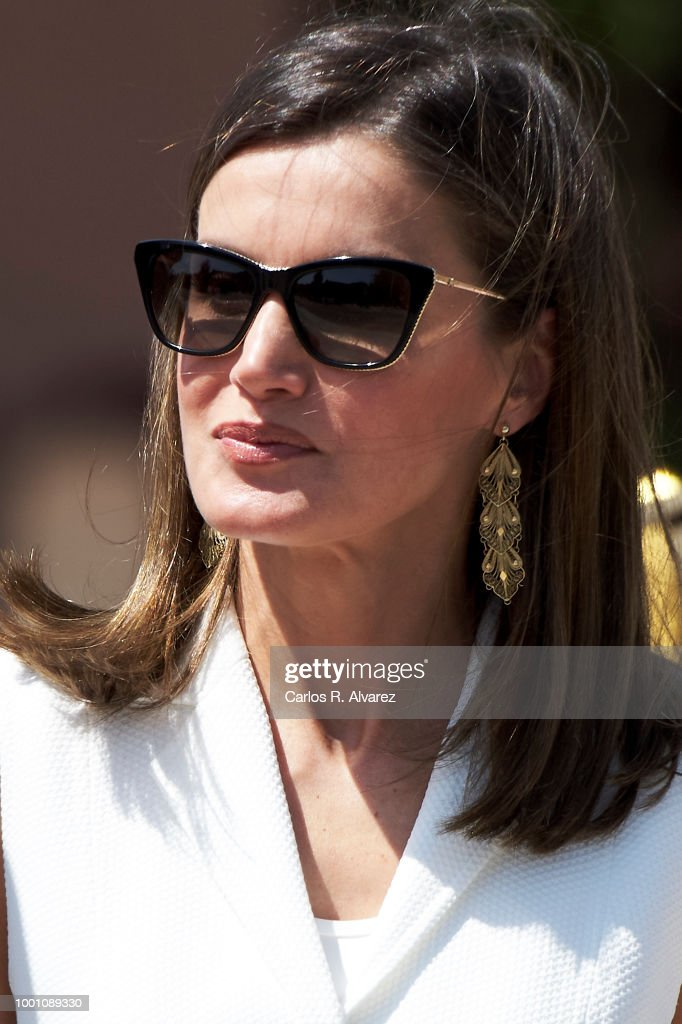 Spanish Royals Deliver The Real Offices In The Central Academy Of The Defense : News Photo