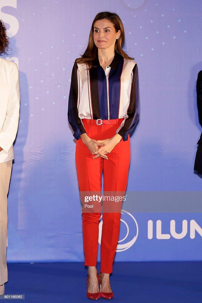 Queen Letizia Of Spain Delivers 'Discapnet' Awards : News Photo
