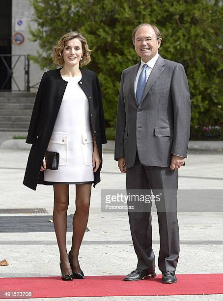 Queen Letizia of Spain attends the 'Luis Carandell' Journalism Award Ceremony at the Palacio del Senado on October 6, 2015 in Madrid, Spain.