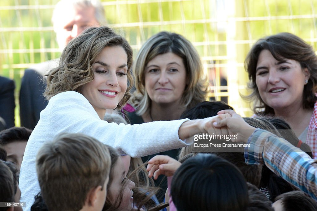 Queen Letizia of Spain (L) attends the opening of 2015-2016 scholarship course at 'Marques de Santillana' school on September 21, 2015 in Palencia, Spain.