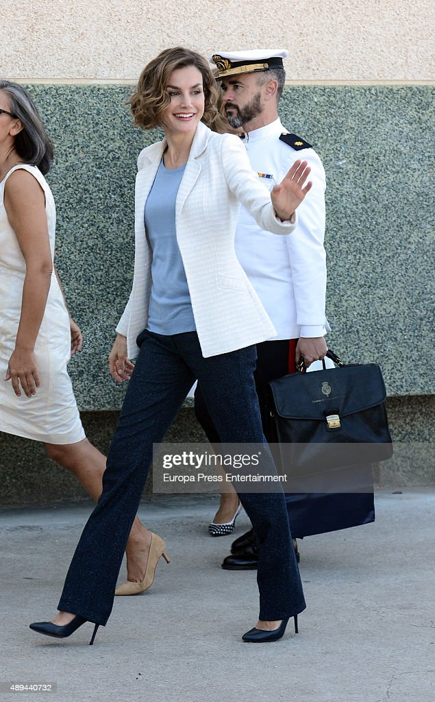 Queen Letizia of Spain attends the opening of 2015-2016 scholarship course at 'Marques de Santillana' school on September 21, 2015 in Palencia, Spain.