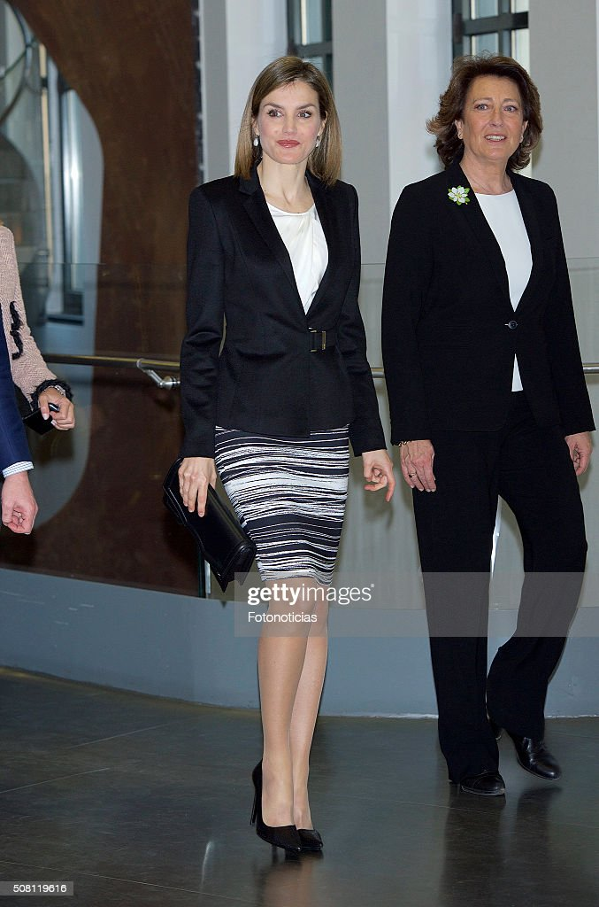 Queen Letizia Attends 'Por Un Enfoque Integral' Forum : News Photo