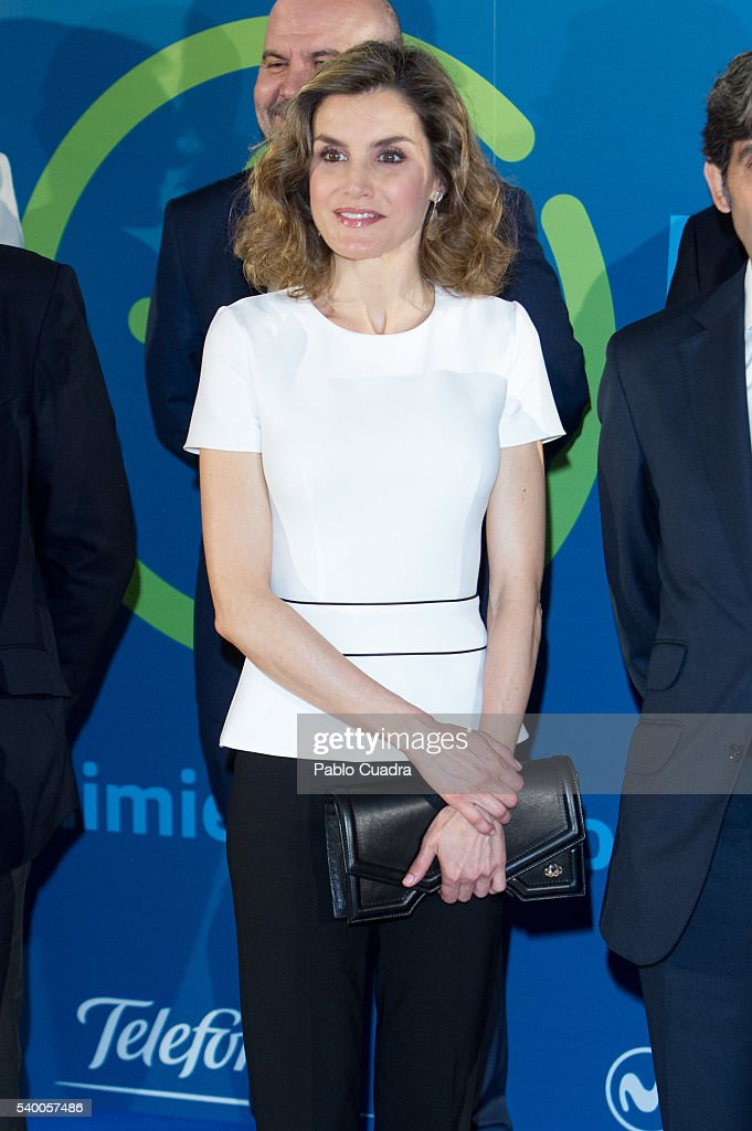 Queen Letizia of Spain Attends The Presentation Of Telefonica's Platform For Contents in Tv : Nyhetsfoto