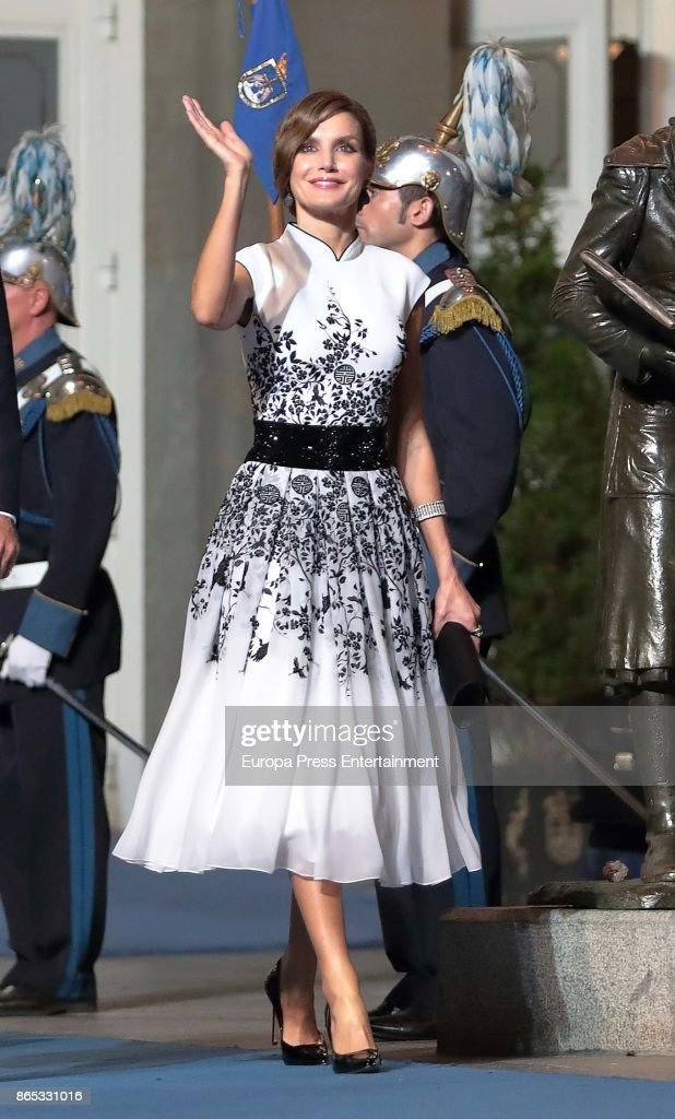 Queen Letizia of Spain attends the Princesa de Asturias Awards 2017 ceremony at the Campoamor Theater on October 20, 2017 in Oviedo, Spain.
