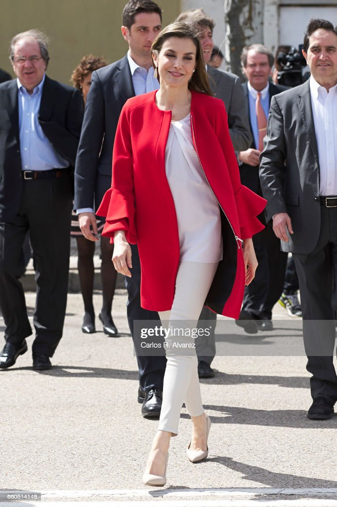 Queen Letizia Receives 'Fundacion princesa De Girona 2017' Award Winner in Soria : News Photo