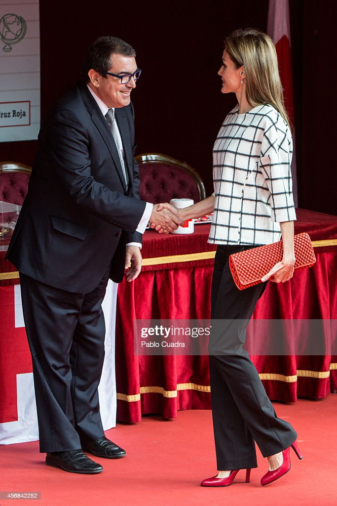 Spanish Royals Attend Red Cross Fundraising Day : News Photo