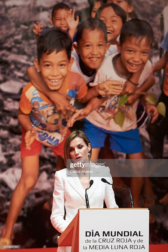Queen Letizia of Spain attends the Red Cross World Day Commemoration at the Miguel Delibes auditorium on May 8, 2015 in Valladolid, Spain.
