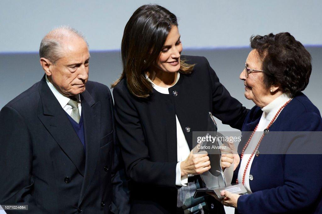 Queen Letizia of Spain Attends 'Integra Awards By BBVA' : Foto di attualità