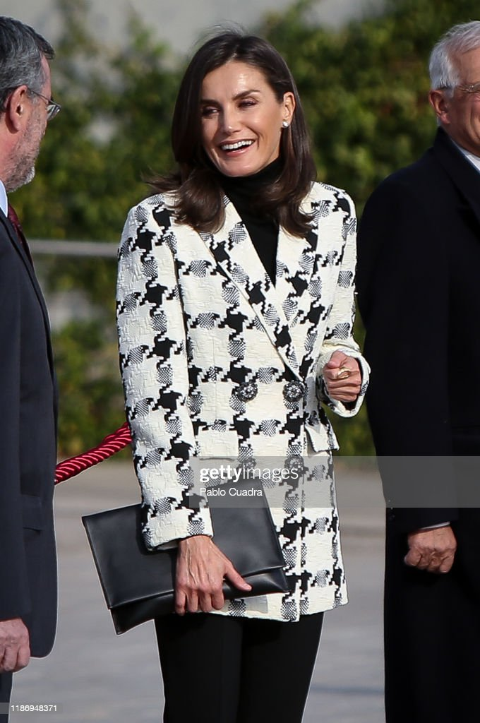 Spanish Royals Depart For Cuba : News Photo