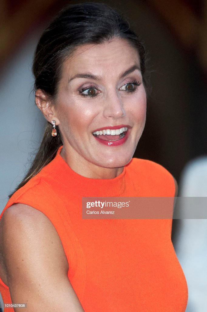 Queen Letizia of Spain hosts a dinner for authorities at the Almudaina Palace on August 3, 2018 in Palma de Mallorca, Spain.