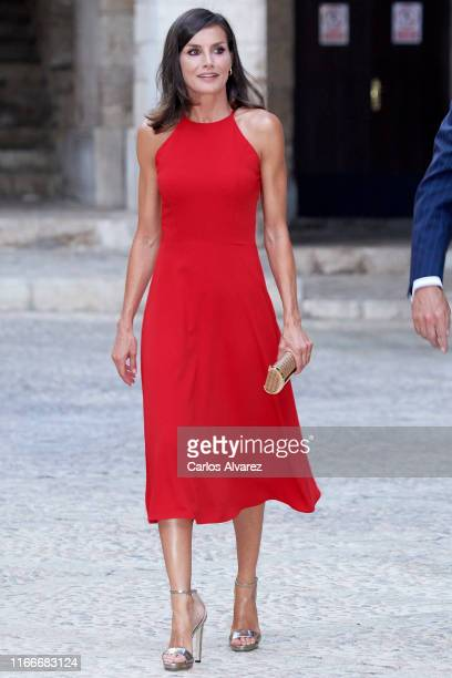 Queen Letizia of Spain hosts a dinner for authorities at the Almudaina Palace on August 07 2019 in Palma de Mallorca Spain