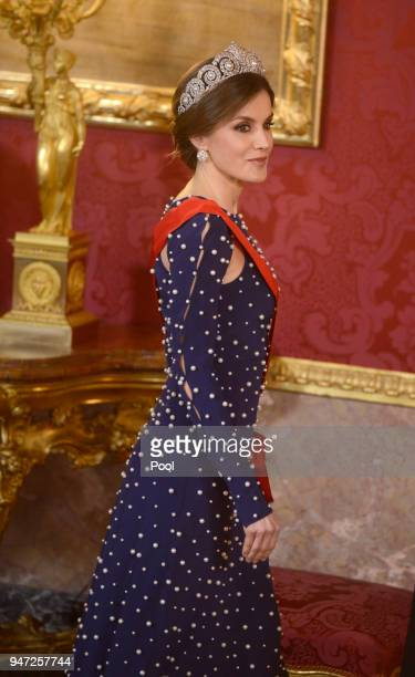 Queen Letizia of Spain hosts a dinner gala for the President of Portugal Marcelo Rebelo de Sousa at the Royal Palace on April 16 2018 in Madrid Spain