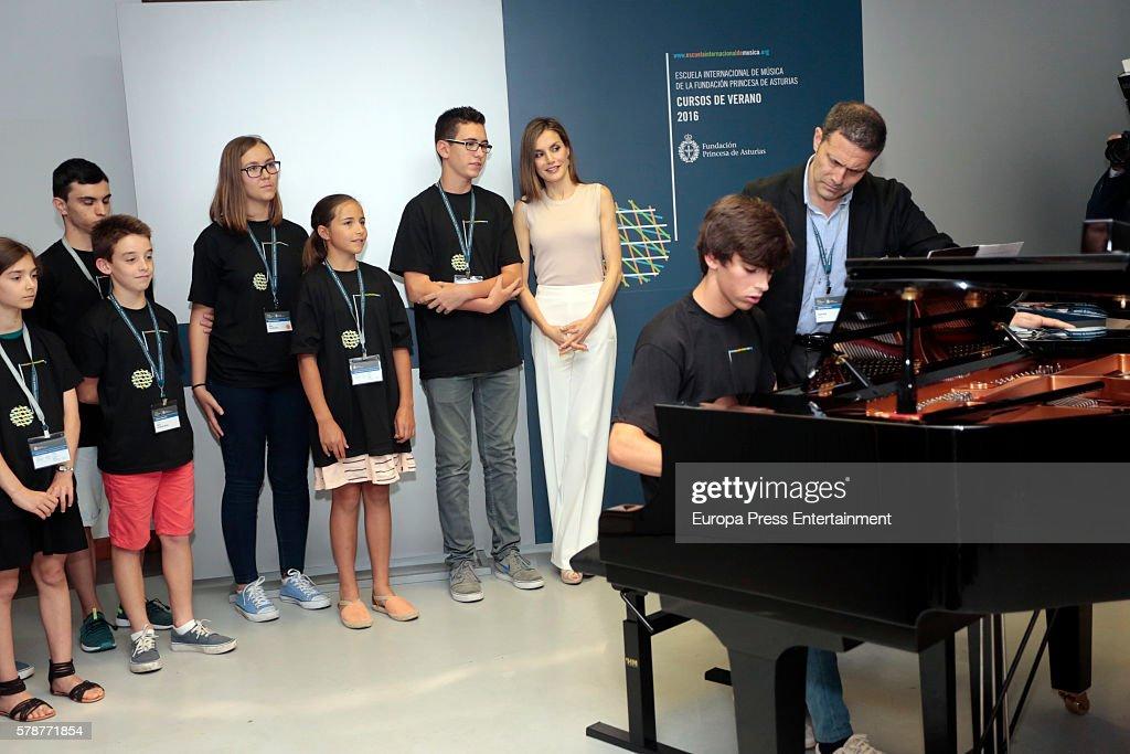 Queen Letizia Of Spain Inaugurates Summer Courses In Oviedo : News Photo