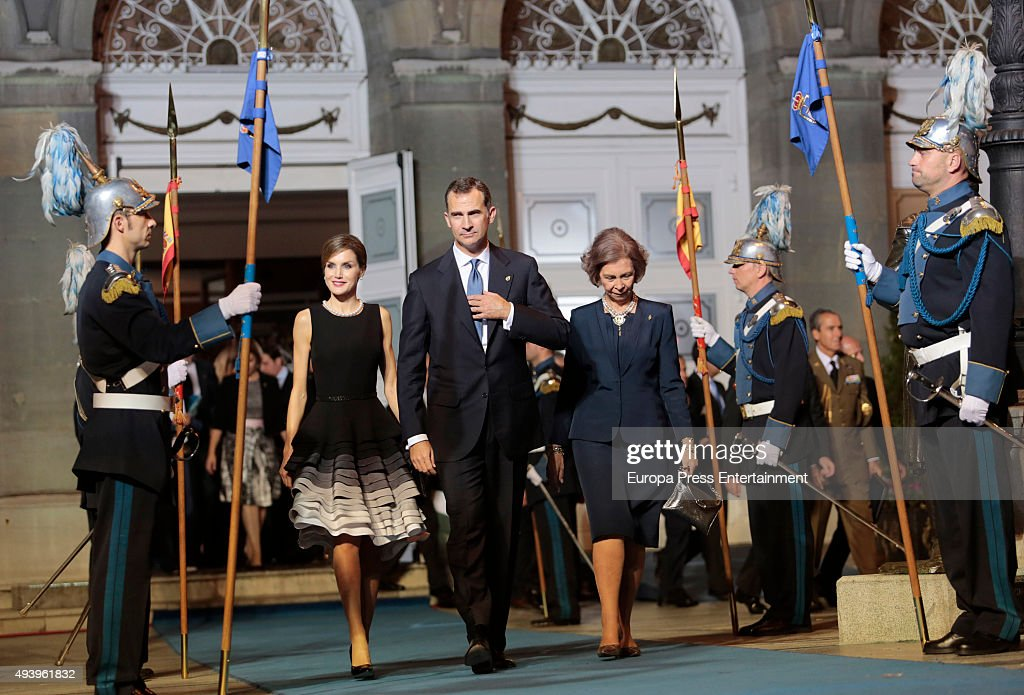Queen Letizia of Spain, King Felipe VI of Spain and Queen Letizia of Spain attend the Princess of Asturias (Princesa de Asturias) Awards 2015 at the Campoamor Theater on October 23, 2015 in Oviedo, Spain.