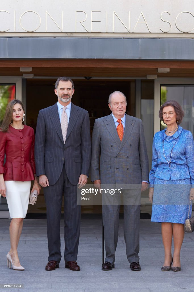 Queen Letizia of Spain, King Felipe VI of Spain, King Juan Carlos and Queen Sofia attend the 40th anniversary of Reina Sofia Alzheimer Foundation on May 22, 2017 in Madrid, Spain.