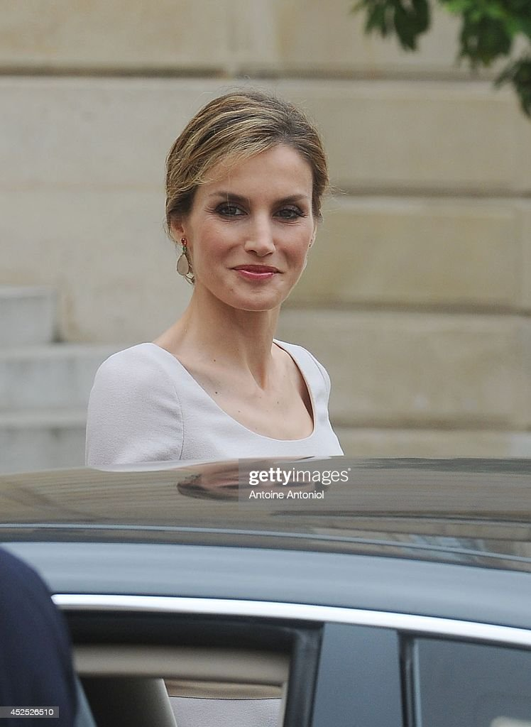 Queen Letizia of Spain leaves the the Elysee Palace on July 22, 2014 in Paris, France. King Felipe VI and Queen Letizia of Spain are on an offical day visit in France.