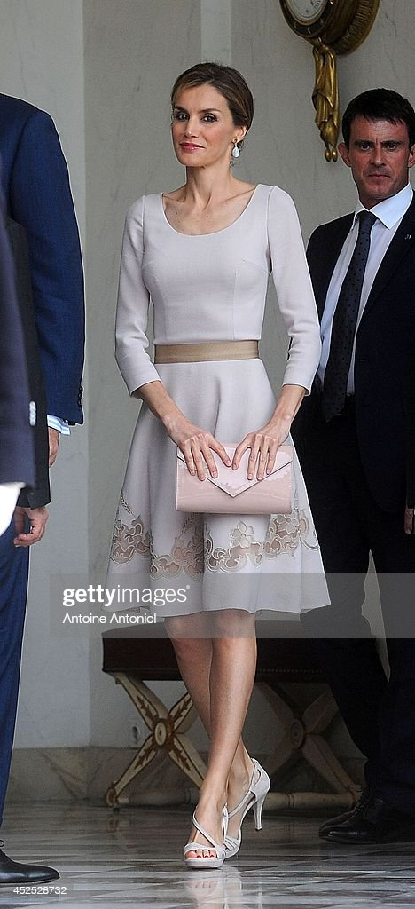 Queen Letizia of Spain leaves the the Elysee Palace on July 22, 2014 in Paris, France. King Felipe VI and Queen Letizia of Spain are in offical day visit in France.