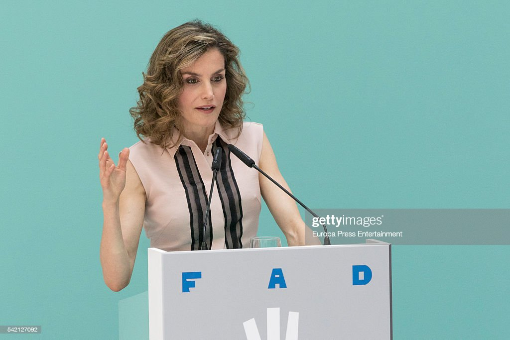 Queen Sofia and Queen Letizia of Spain Attend FAD 30th Anniversary : News Photo