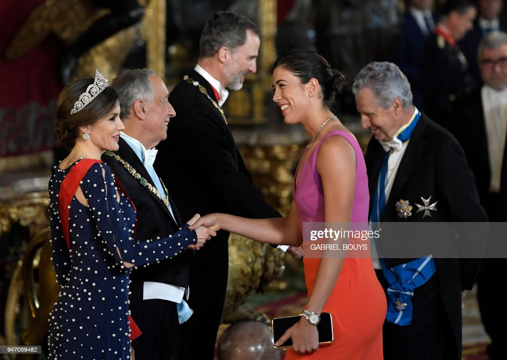 Queen letizia of spain l portuguese president marcelo rebelo de queen letizia of spain l portuguese president marcelo rebelo de sousa 2l and king felipe vi of spain 3l greet spanish tennis player garbine muguruza m4hsunfo