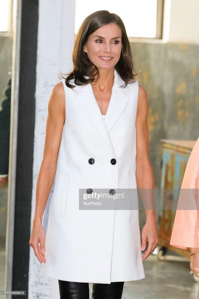 Queen Letizia of Spain Attends The Presentation Of '#FEMTASTICA' Project : Fotografia de notícias