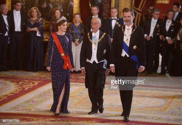 Queen Letizia of Spain President of Portugal Marcelo Rebelo de Sousa and King Felipe VI of Spain attend a dinner gala for the President of Portugal...