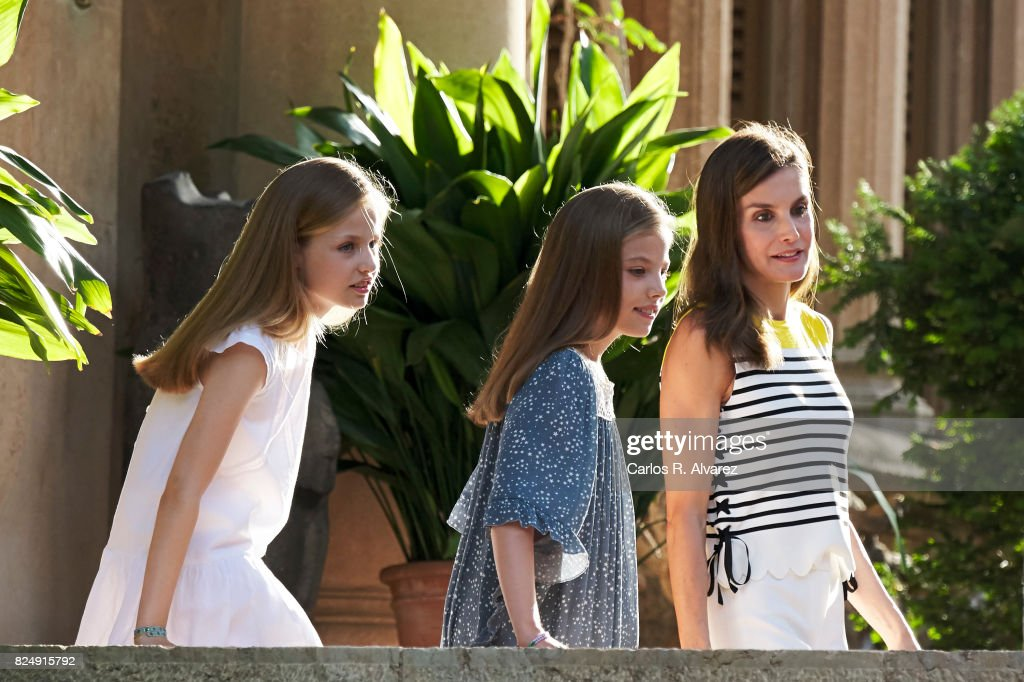 Queen Letizia of Spain (R), Princess Leonor of Spain (L) and Princess Sofia of Spain (R) pose for the photographers during the summer photocall at the Marivent Palace on July 31, 2017 in Palma de Mallorca, Spain.