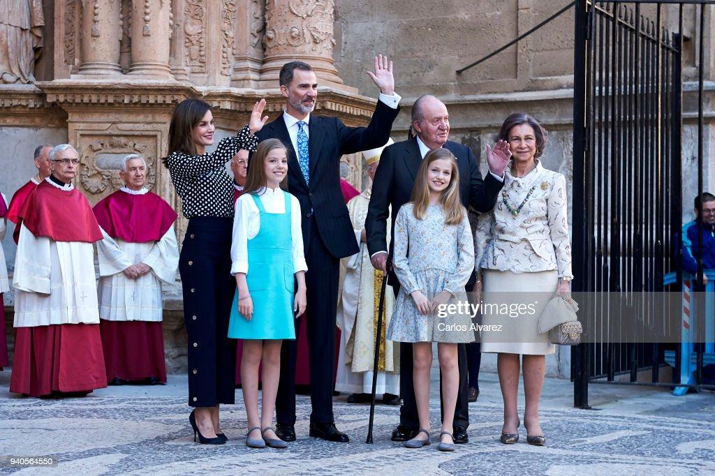 Queen Letizia of Spain, Princess Sofia of Spain, King Felipe VI of Spain, King Juan Carlos, Princess Leonor of Spain and Queen Sofia attend the Easter mass on April 1, 2018 in Palma de Mallorca, Spain.