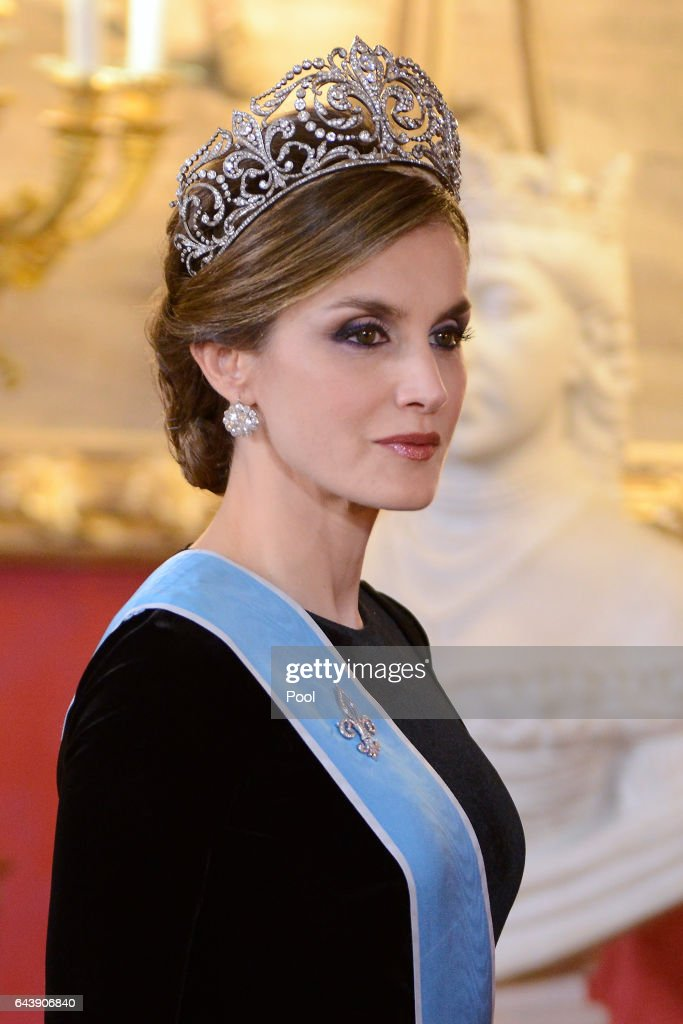 Official Dinner Of Spanish Royals And President Mauricio Macri And Wife : Nachrichtenfoto