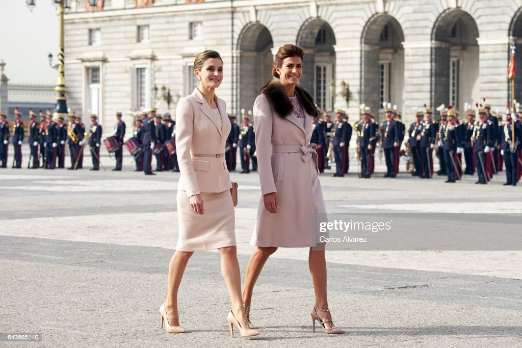 Queen Letizia of Spain (L) receives Argentinian First Lady Juliana Awada (R) at the Royal Palace on February 22, 2017 in Madrid, Spain.