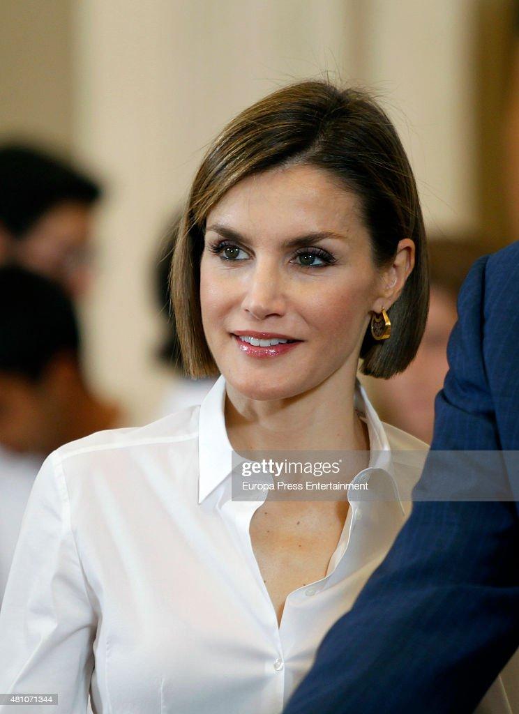 Spanish Royals Receive 'Becas Europa' Participants Of Francisco De Vitoria University : News Photo