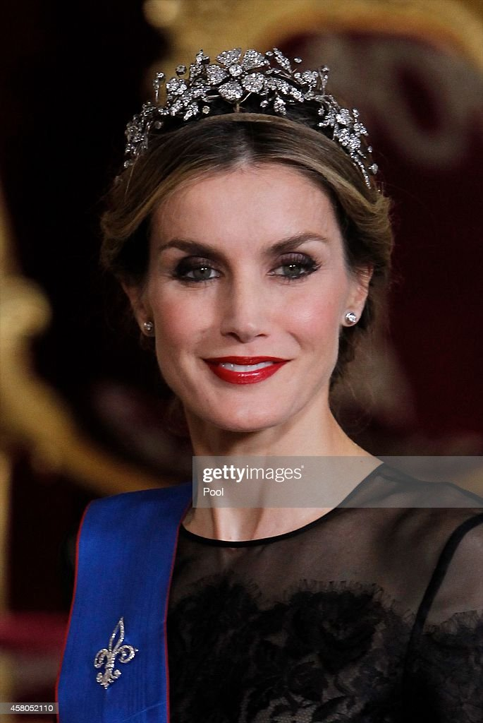 Spanish Royals and President Of Chile Attend a Gala Dinner : ニュース写真