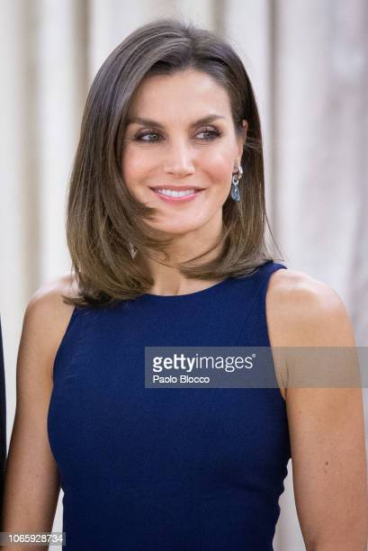 Queen Letizia of Spain receives Chinese president Xi Jinping and wife Peng Liyuan for an official dinner at the Zarzuela Palace on November 27 2018...