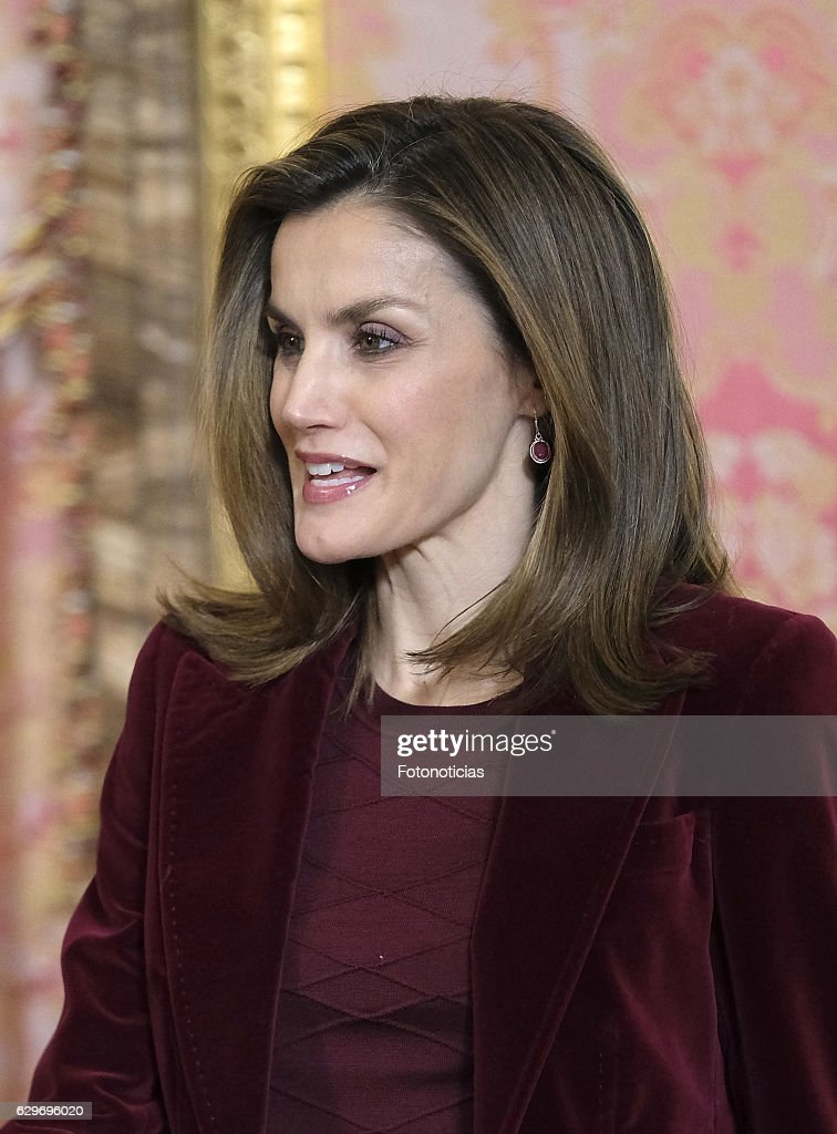 Spanish Royals Meet 'Princesa De Girona' Foundation Members : News Photo